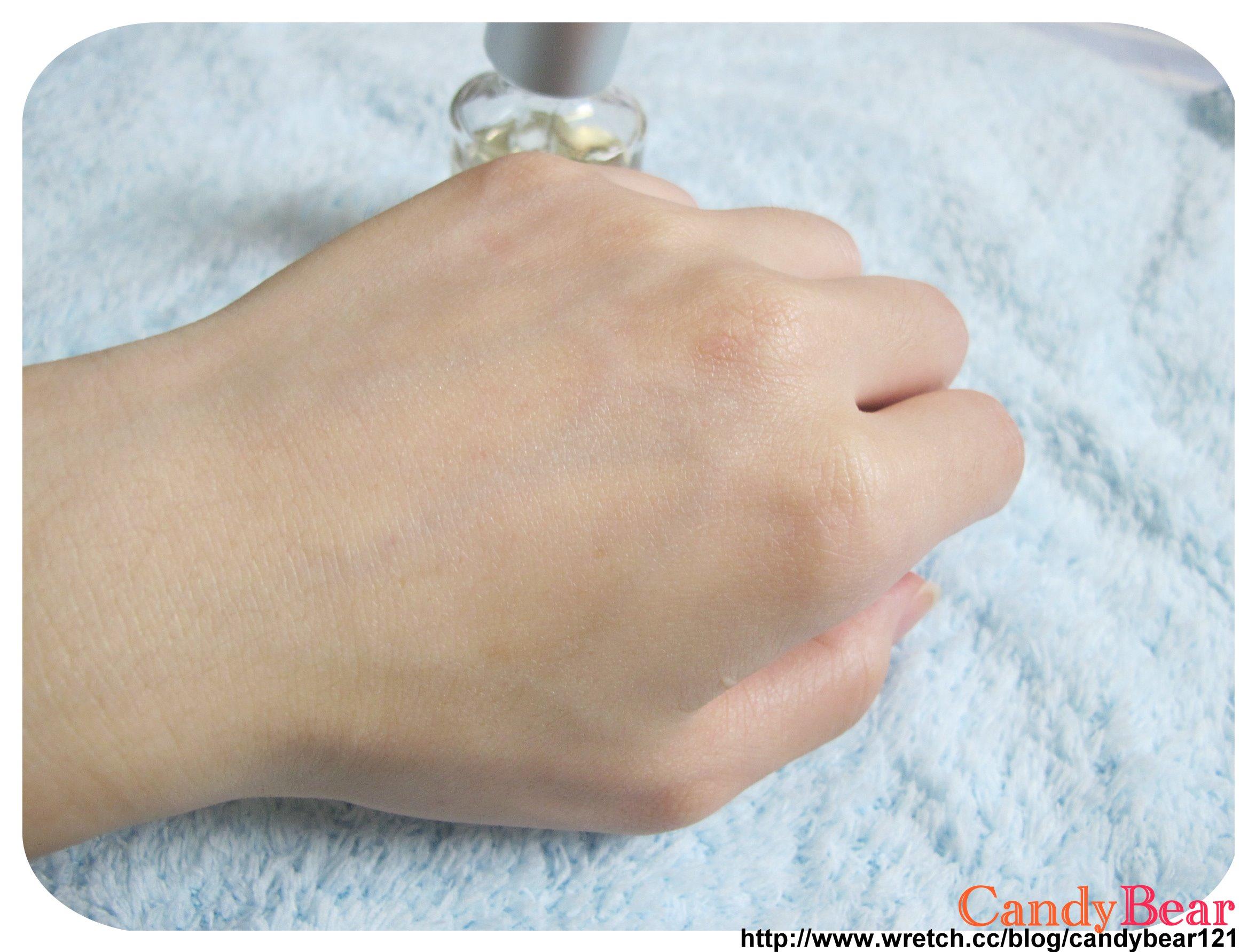 Dr.Hsieh-杏仁酸深層煥膚精華原液10%_試用於皮膚吸收效果