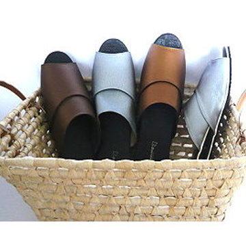 (e鞋院) 金屬風時尚室內皮拖(6雙特價520元)....金.銀.咖啡混搭