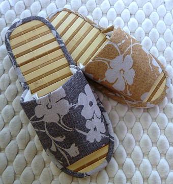 (e鞋院)【和風緹花】雙色寬竹竹底室內拖(出清價)