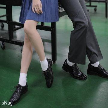 sNug 腳臭剋星-頂級學生襪3雙優惠組