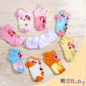 魔法Baby~3~5歲女生款純棉兒童時尚襪(三雙一組、隨機出貨)~嬰幼兒用品~時尚設計~k00774_c