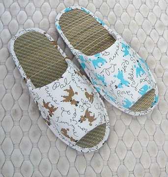 (e鞋院) 【快樂狗】兒童藺草室內拖鞋 ~NEW~