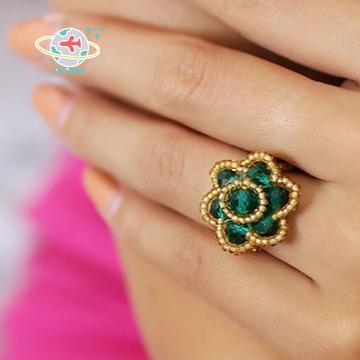 <Air planet 手工飾品>綠水晶米珠(金邊)戒指