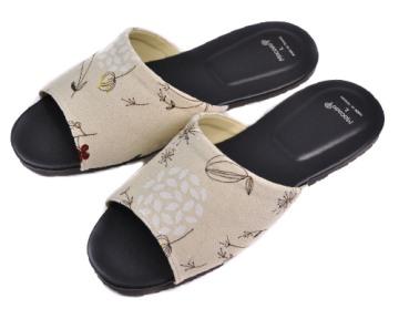 (e鞋院)禾風沁香室內皮拖鞋~米~