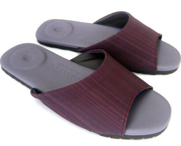 (e鞋院)秋之光影舒適按摩拖鞋~ 豔紫~