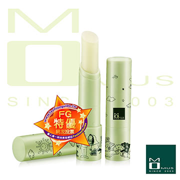 《MOMUS》綠茶潤唇修護素+Plus